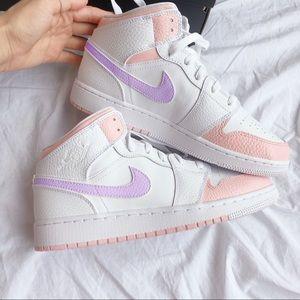 Custom pink and purple Air jordan 1 mid